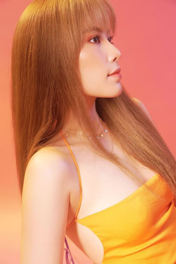Nam Em khiến người hâm mộ trầm trồ bởi nhan sắc ngày càng như idol Hàn Quốc 6