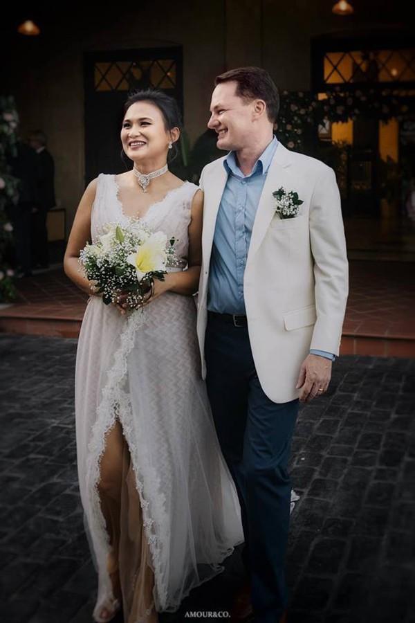 Trong khi diva Hồng Nhung vẫn lẻ bóng, chồng cũ đã chuẩn bị đón con đầu lòng với vợ mới đại gia người Myanmar 1