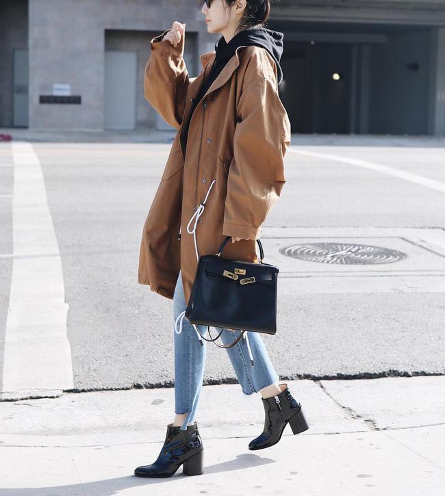 Ngắm 12 set đồ sau, các nàng sẽ nhận ra quần jeans + boots chính là cặp đôi giúp vẻ ngoài đạt 100% sành điệu 0