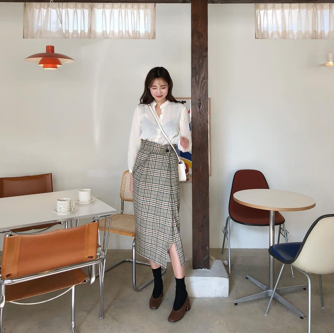 Ngày đầu đi làm sau Tết, nàng công sở muốn mặc đẹp và thanh lịch cả năm thì nên tránh 4 kiểu trang phục sau 5