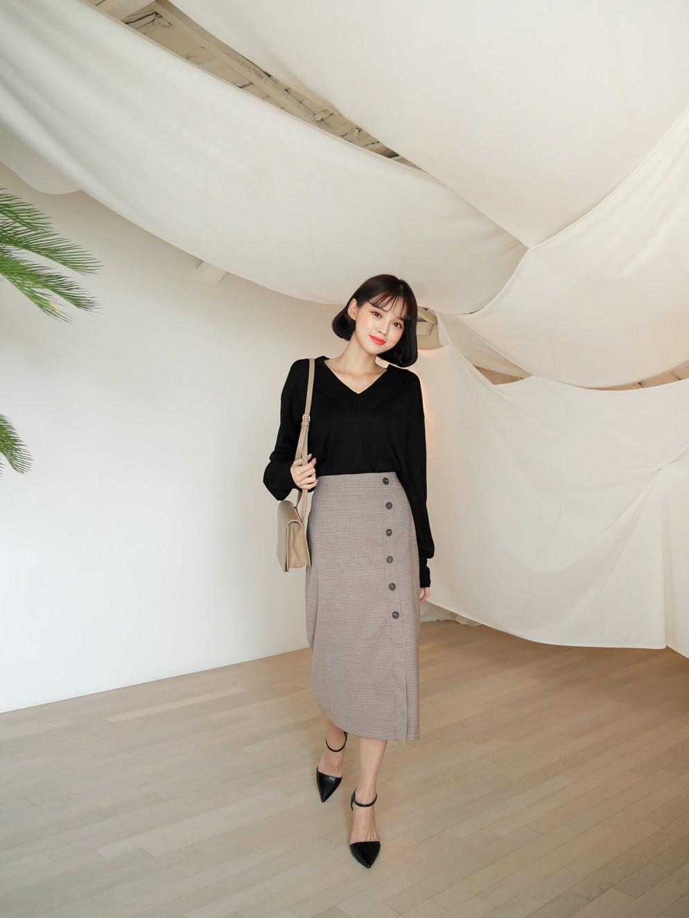 Quên quần áo dày dặn mùa lạnh đi, nàng công sở cứ sắm 5 items này là đủ mặc đẹp từ Xuân sang Hè 13
