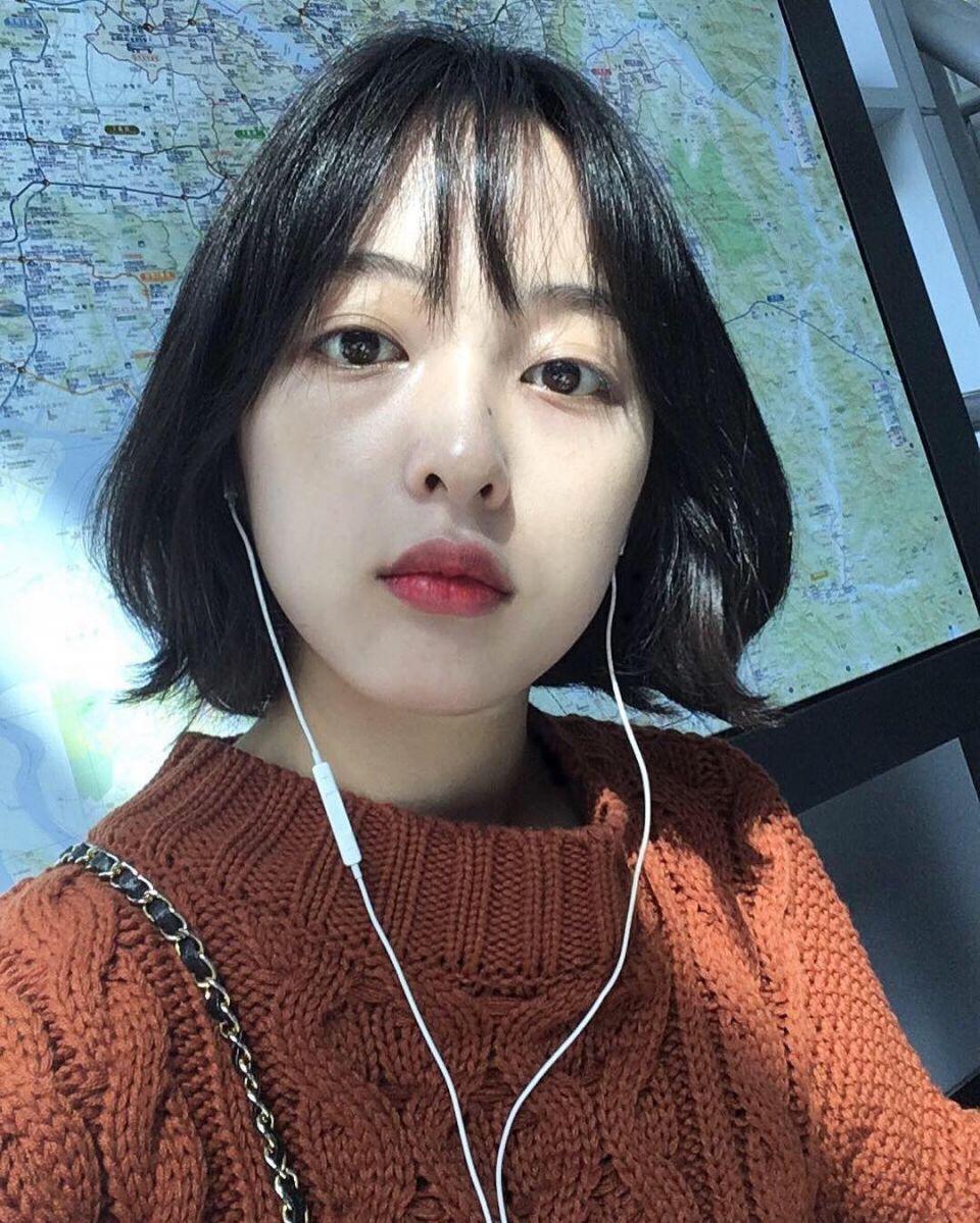 Tìm kiếm cho mình một kiểu tóc ngắn hack tuổi, bạn không thể bỏ qua 5 gợi ý từ các mỹ nhân xứ Hàn 11