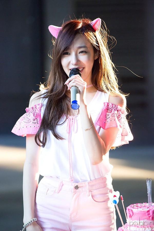 Tiffany trông vô cùng ngọt ngào khi còn là idol Kpop.