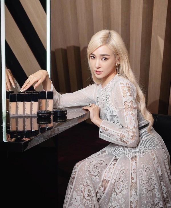 Rời SNSD, Tiffany tẩy tóc vàng hoe lột xác trở thành sao Mỹ chính hiệu 9