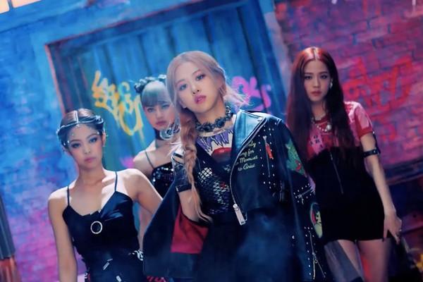 4 cô nàng BlackPink trong MV mới.