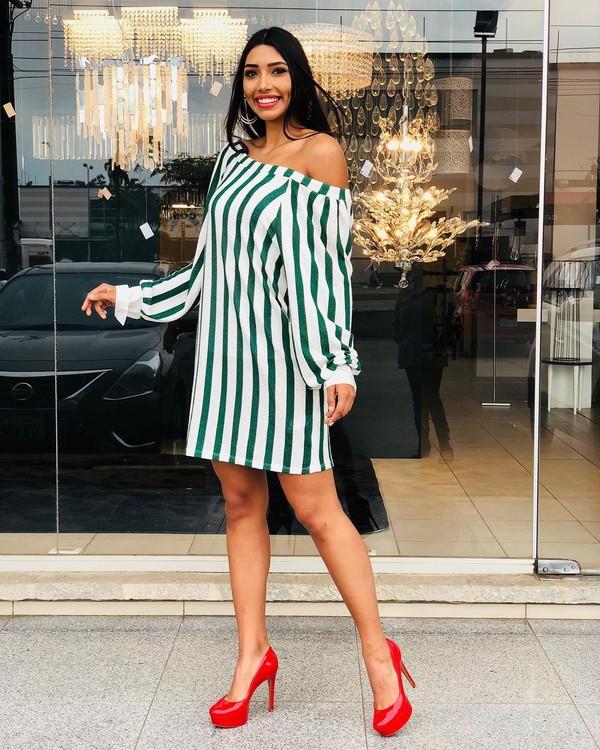 Hoa hậu Bolivia - Đối thủ của H'hen Niê bị tước vương miện vì lén lút đính hôn và mang thai 6