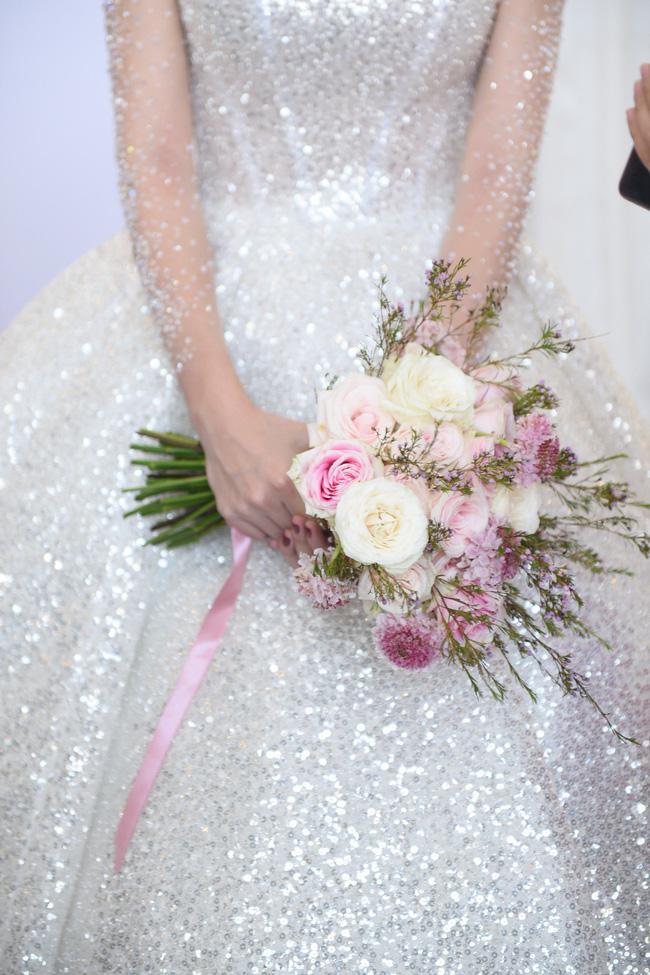 Lộ thêm loạt ảnh cưới đẹp như mơ của Lê Hà - The Face và ông xã đại gia điển trai 10