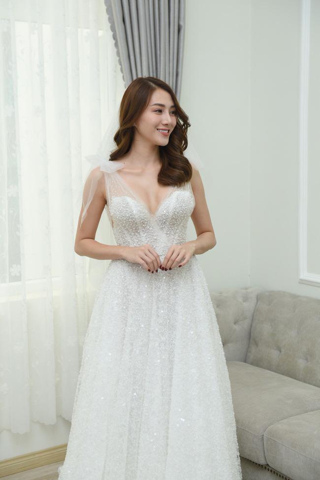 Lộ thêm loạt ảnh cưới đẹp như mơ của Lê Hà - The Face và ông xã đại gia điển trai 12