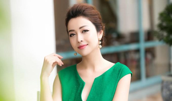 Trong số các Hoa hậu Việt Nam, Kỳ Duyên sở hữu nhan sắc gây nhiều tranh cãi nhất. Trước khi đăng quang Hoa hậu Việt Nam, Kỳ Duyên có ngoại hình 'hai lúa' cùng cân nặng 70kg.