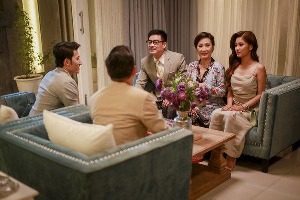 Hồng Đào - Quang Minh: Chặng đường cùng nhau từ sân khấu đến màn ảnh rộng 8