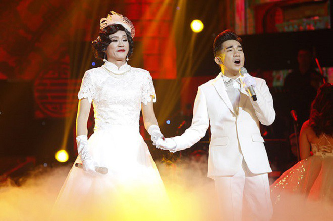 Hoài Linh nhiều lần giả gái vì Quang Hà.