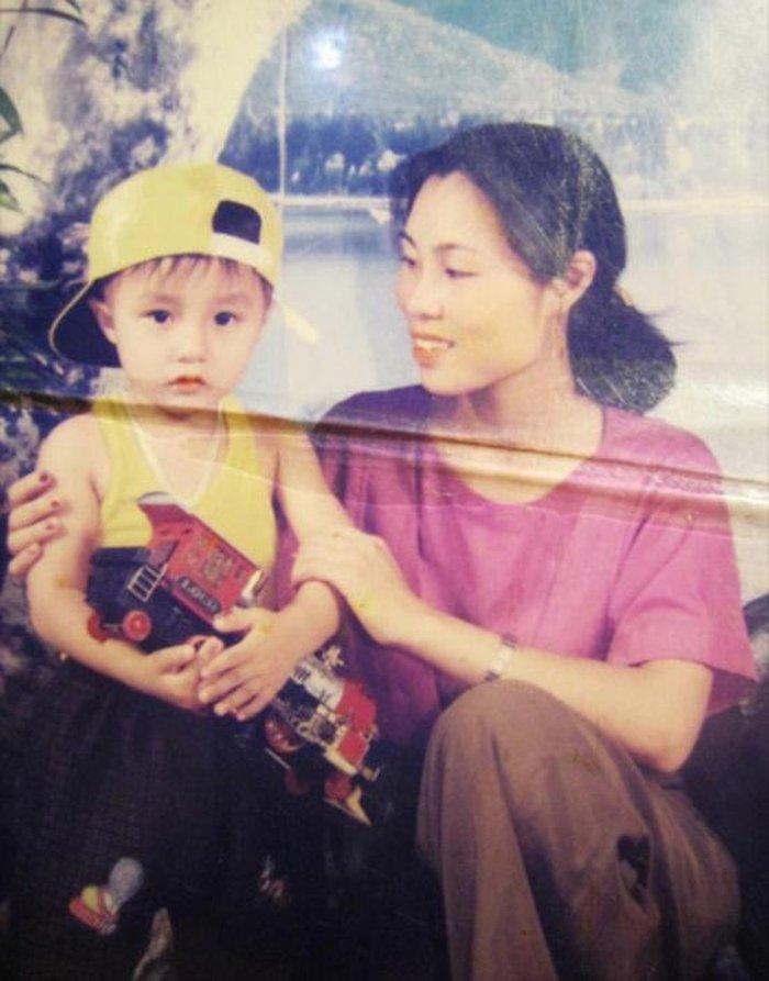 Sơn Tùng khoe ảnh thuở bé Mùng 3 Tết - fan trầm trồ: 'Quá đẹp, không bàn cãi!' 3