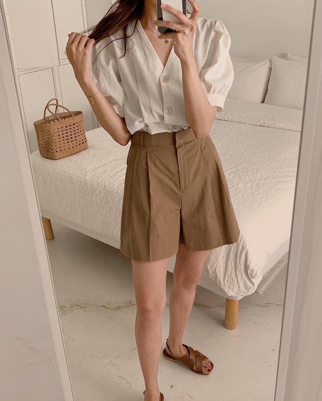 6 items khiến outfit của bạn sang xịn hơn tức thì, trong đó có 3 món màu nâu cực kỳ lợi hại 0
