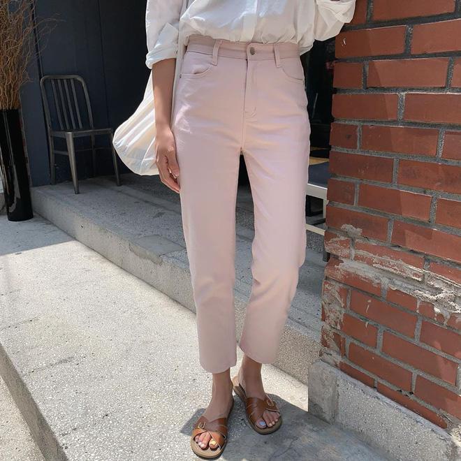 6 items khiến outfit của bạn sang xịn hơn tức thì, trong đó có 3 món màu nâu cực kỳ lợi hại 9
