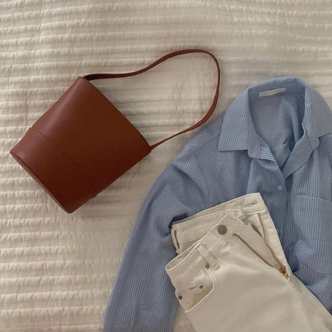 6 items khiến outfit của bạn sang xịn hơn tức thì, trong đó có 3 món màu nâu cực kỳ lợi hại 14