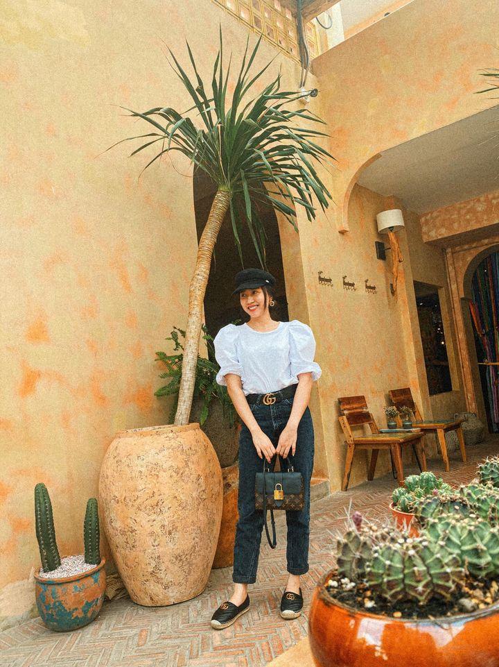 Street style của dàn diễn viên VTV: Linh và Tuệ Lâm cùng chọn váy dáng dài, Phương Oanh váy màu chóe 12