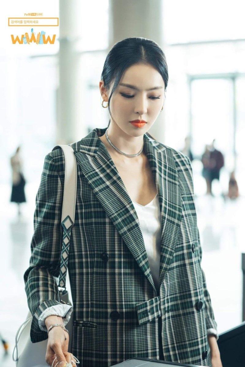 5 kiểu áo khoác chưa bao giờ hết mốt trong phim Hàn, sắm đủ thì bạn sẽ mặc đẹp và sang hơn hẳn mùa lạnh năm ngoái 5