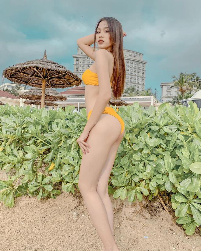 Hoa hậu Đỗ Thị Hà sexy dần đều chỉ sau 1 năm, biết chọn loạt item trẻ trung tôn dáng 8