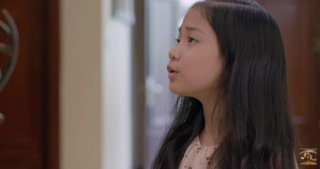 'Những cô gái trong thành phố': Con gái Chí Nhân nổi trận lôi đình vì bố tặng xe máy cho cô giúp việc 2