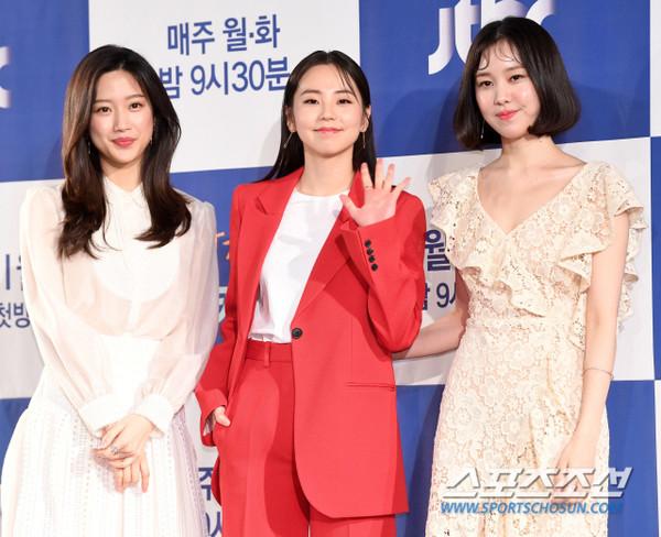 Thần tượng đóng phim: Ahn So Hee và Soo Young bị K-net chê tơi tả về diễn xuất 3