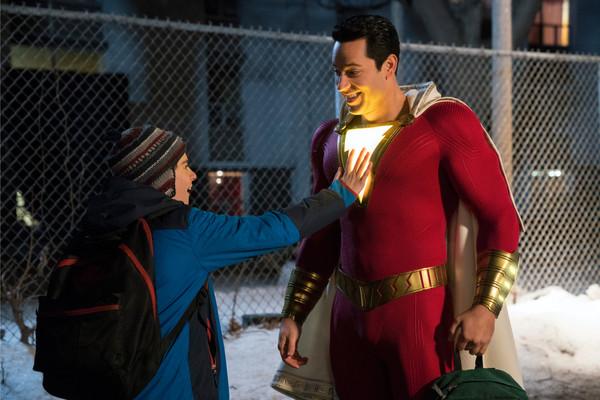 'Shazam!' dẫn đầu phòng vé với 53 triệu USD, là phim DCEU có doanh thu mở màn Bắc Mỹ thấp nhất lịch sử 2