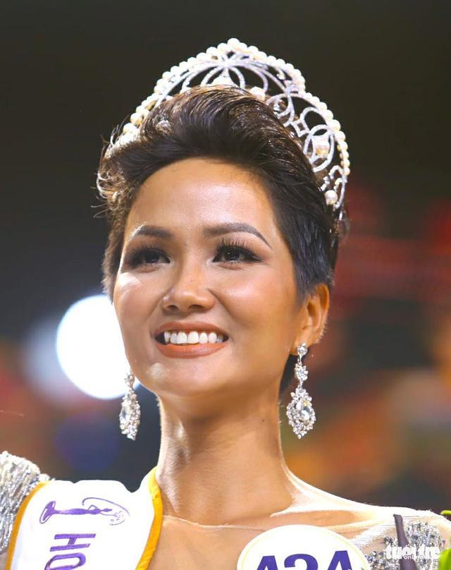 Hoa hậu H'Hen Niê lo ngại casting phim vì màu da, Hồng Vân phán 1 câu khiến ai cũng trầm trồ 2