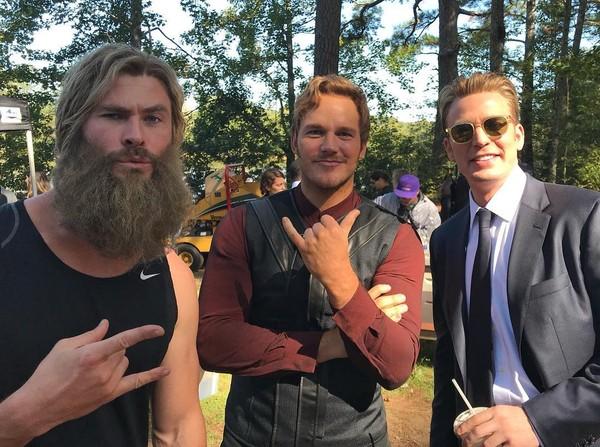 Avengers: Endgame đạt 2,19 tỷ USD, vượt Titanic và đe dọa vị trí số 1 doanh thu toàn cầu của Avatar 3