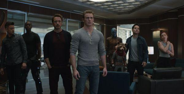 'Avengers: Endgame': Không chỉ đánh đấm giỏi, các Avengers hài hước cũng chẳng kém ai 10