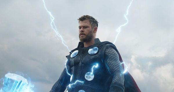 Sức mạnh của Thor không thể ngăn chặn được cú búng tay Thanos ở 'Avengers: Infinity War'.