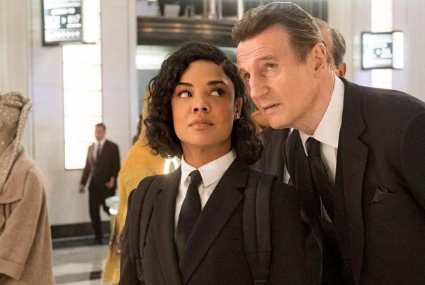 Liam Neeson gần như không có đất dụng võ trong 'MIB: International'