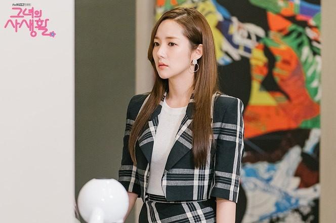 Phim Hàn gần đây có thể ảm đạm, nhưng thời trang trong đó vẫn là nguồn cảm hứng dạt dào cho chị em công sở 12