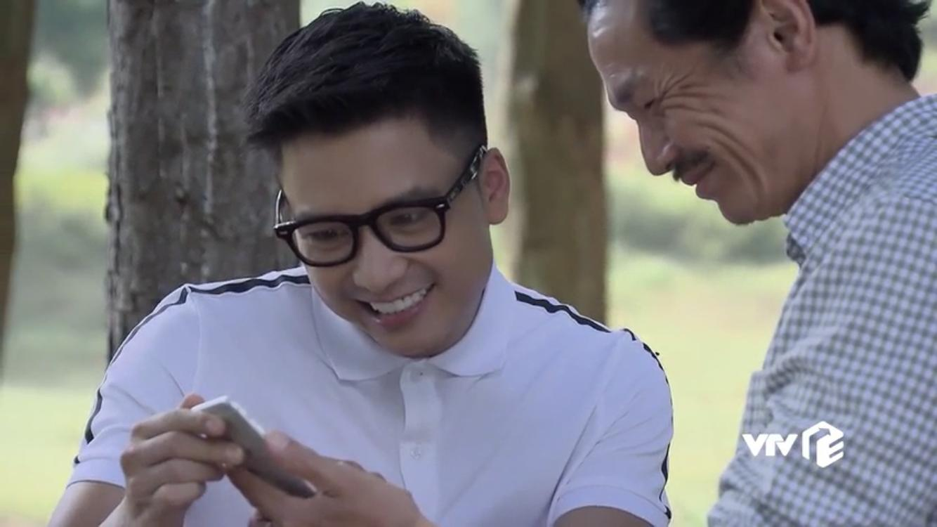 'Về nhà đi con': Cười đau bụng xem cảnh ông Sơn tâng bốc Vũ trước mặt tình cũ của Thư 4