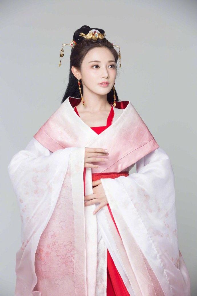 'Đông Cung' phát sóng lại lần nữa nên Youku chơi lớn, tung ảnh cặp đôi Bành Tiểu Nhiễm - Trần Tinh Húc 3