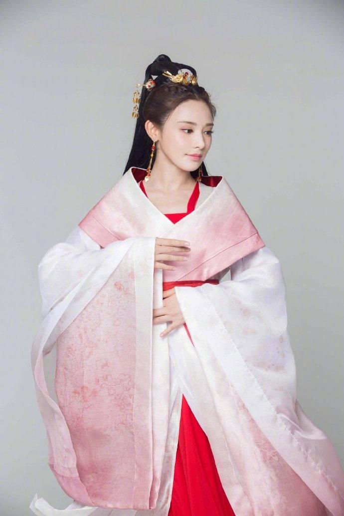 'Đông Cung' phát sóng lại lần nữa nên Youku chơi lớn, tung ảnh cặp đôi Bành Tiểu Nhiễm - Trần Tinh Húc 4