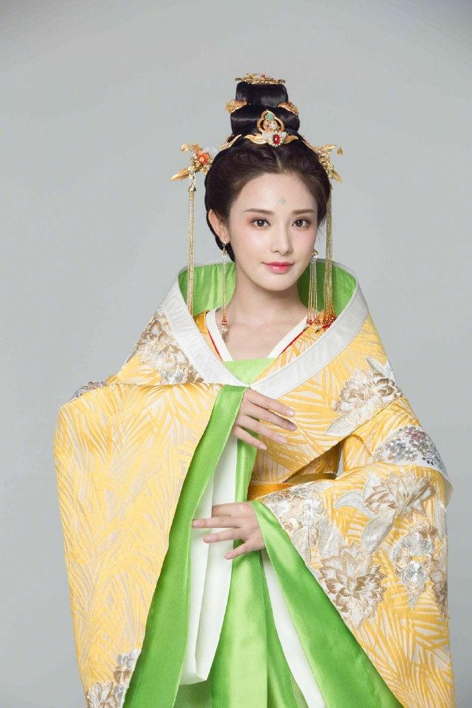 'Đông Cung' phát sóng lại lần nữa nên Youku chơi lớn, tung ảnh cặp đôi Bành Tiểu Nhiễm - Trần Tinh Húc 10