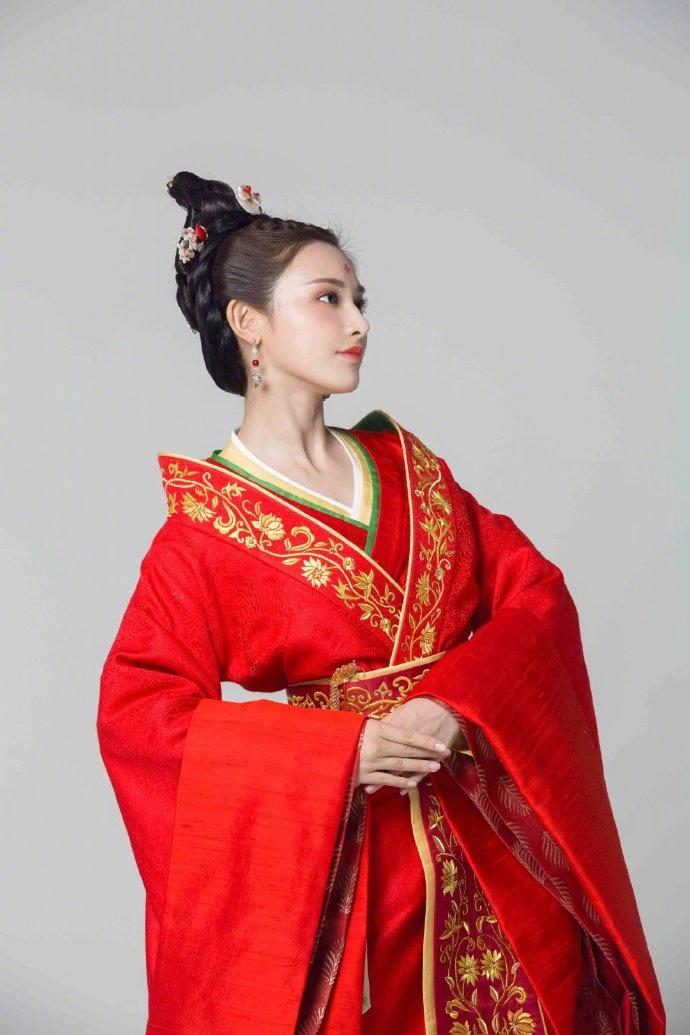 'Đông Cung' phát sóng lại lần nữa nên Youku chơi lớn, tung ảnh cặp đôi Bành Tiểu Nhiễm - Trần Tinh Húc 8