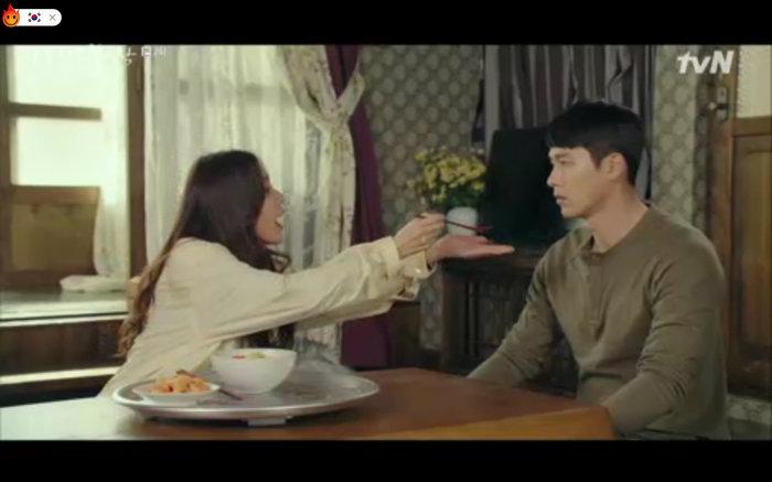 'Hạ cánh nơi anh' tập 2: Son Ye Jin bị quân đội bắt giữ, Hyun Bin vội nhận vơ là vợ sắp cưới 2