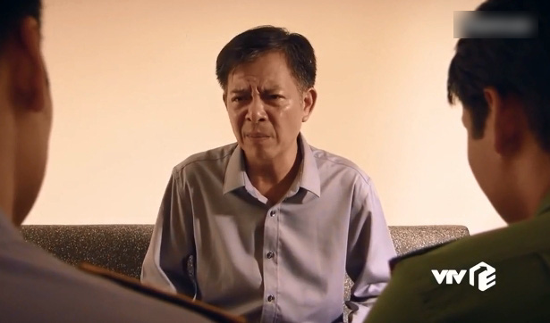 Cấp dưới của Chủ tịch Thành bất ngờ tố cáo ông ta đứng sau vụ ký giấy bán đất cho người dân Giang Kim.
