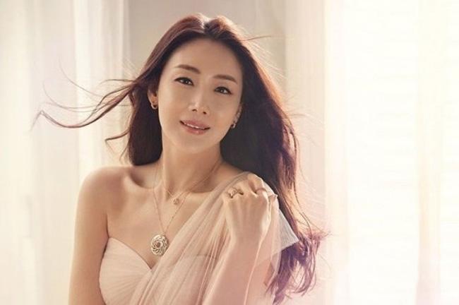 Nữ chính 'Nấc thang lên thiên đường' xác nhận tham gia 'Crash Landing On You': Hyun Bin - Son Ye Jin sắp được cưới nhau? 6