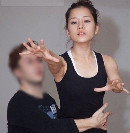 Xuất hiện xinh đẹp trong các sự kiện, bộ ảnh với gương mặt đượctrang điểmkĩ càng, nhan sắc của Chi Pu ngày càng được đánh giá cao. Tuy thế, mặt mộc của cô nàng cũng không thể khiến fans hâm mộ phải thất vọng.