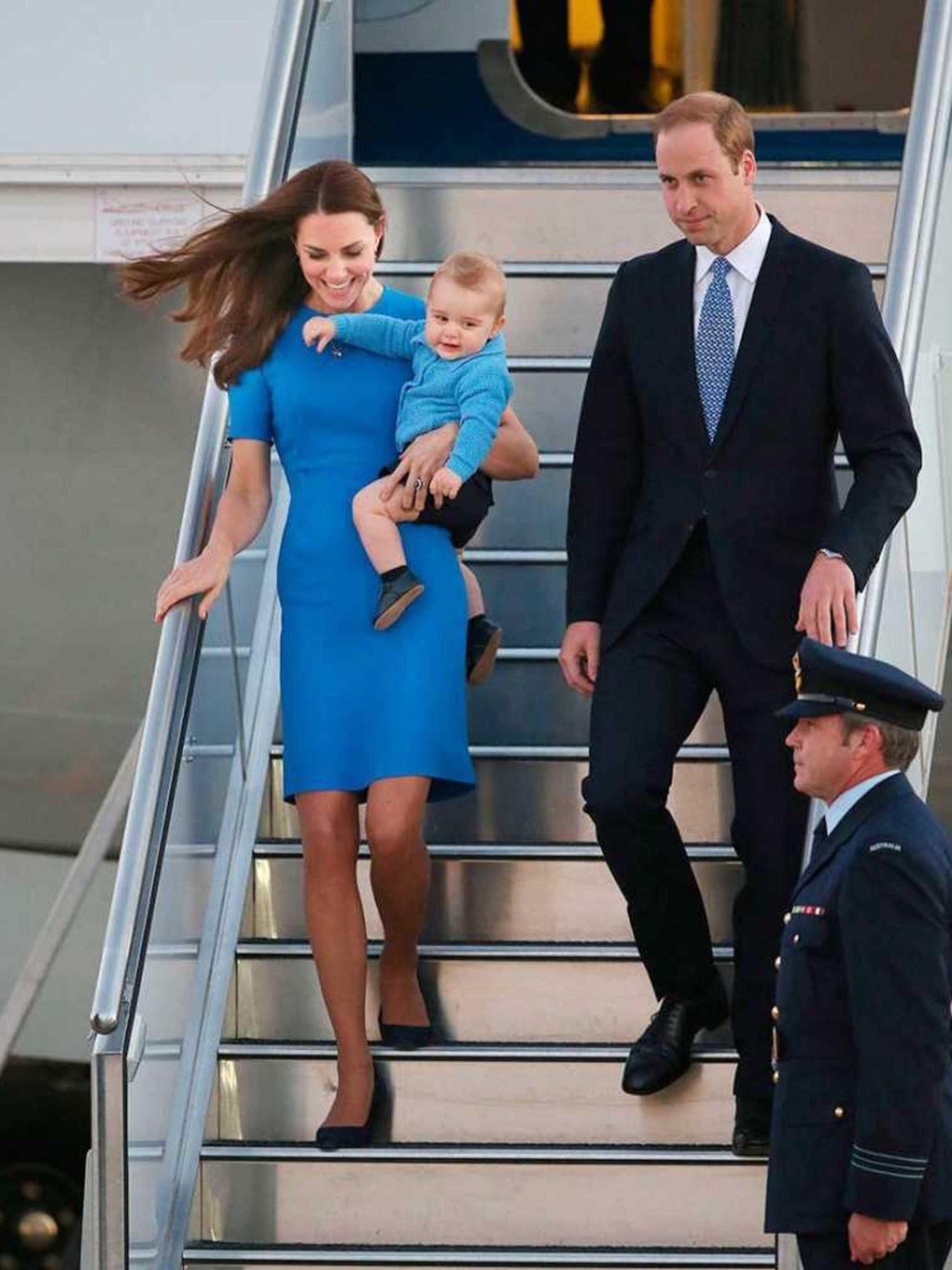 Đến chuyện diện đồ xuyệt tông với chồng mà Kate Middleton cũng tinh tế hết mực, quả không hổ danh là Công nương quốc dân 1