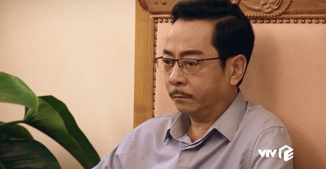 Bị nữ doanh nhân xinh đẹp đòi lại tiền đầu tư, ông Nghĩa buộc lòng hứa hẹn sẽ xem xét lại vụ việc.
