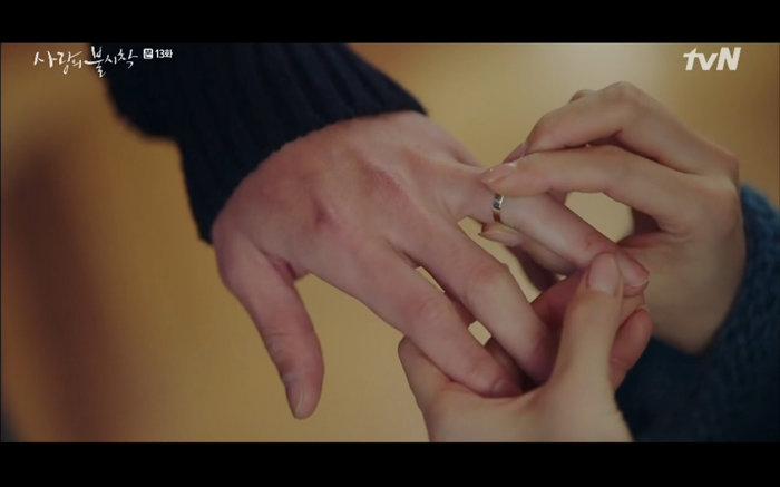 'Hạ cánh nơi anh' tập 13: Son Ye Jin chết vì đỡ đạn thay Hyun Bin, một cái kết bi thương? 7