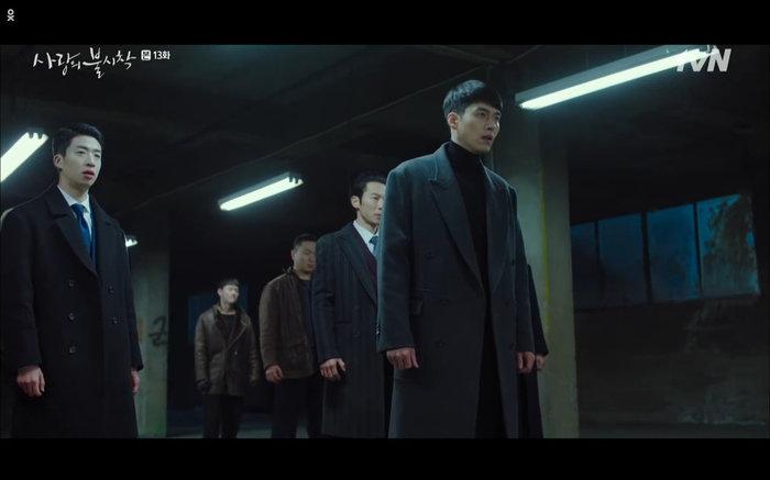 'Hạ cánh nơi anh' tập 13: Son Ye Jin chết vì đỡ đạn thay Hyun Bin, một cái kết bi thương? 32