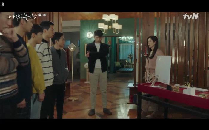 'Hạ cánh nơi anh' tập 13: Son Ye Jin chết vì đỡ đạn thay Hyun Bin, một cái kết bi thương? 29
