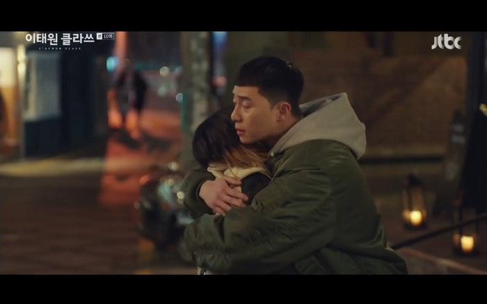 'Tầng lớp Itaewon' tập 10: Park Seo Joon khóc nức nở vì thua cuộc, Kim Da Mi bị đánh tơi tả 12