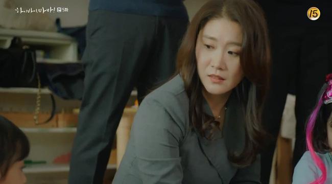 'Hi Bye, Mama': Kim Tae Hee tức giận khi thấy con gái nhỏ bị ức hiếp 3