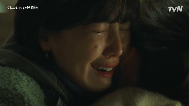 'Hi Bye, Mama': Kim Tae Hee tức giận khi thấy con gái nhỏ bị ức hiếp 0