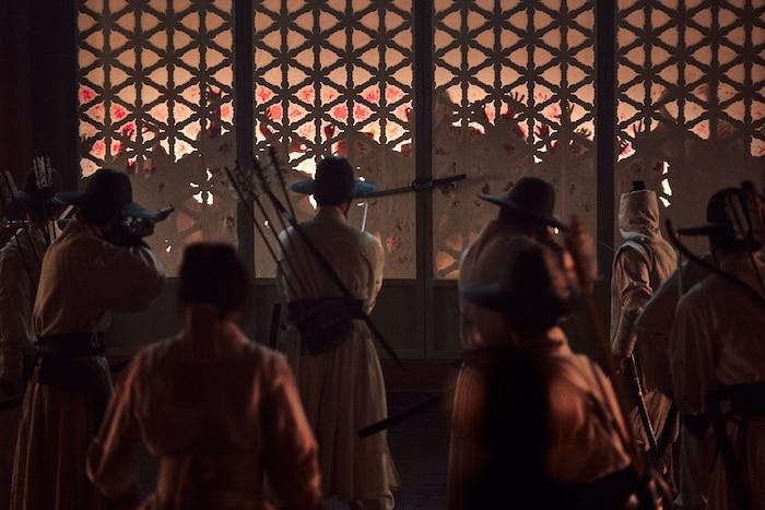 'Kingdom': Lời cảnh tỉnh về hậu quả khôn lường do đại dịch gây nên giữa tâm điểm COVID-19 9
