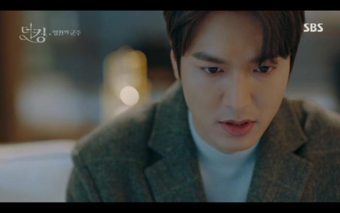 'Quân vương bất diệt' tập 2: Lee Min Ho cầu hôn Kim Go Eun và muốn lập hoàng hậu ngay lập tức? 16